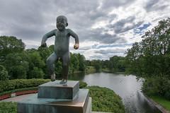 """L'enfant  en colère (Marko""""76"""") Tags: park parc oslo statue sculpteur bronze norvège monolitten monolithe gustav marko76 granite architecture gustavvigeland"""