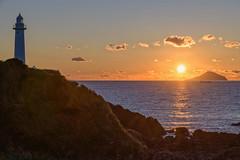 灯台の朝 (Mori.Kei) Tags: 爪木崎灯台 灯台 朝日 sunrise 日の出 伊豆 静岡県 morning 日本 japan