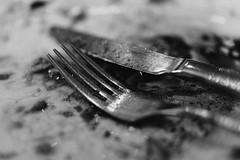 Finished (mripp) Tags: art vintage retro old food essen gabel messer over ende finish sony rx1rii black white mono monochrom essstörung magersucht eating disorder