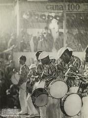 Ritmistas (Arquivo Nacional do Brasil) Tags: carnaval escoladesamba carnival braziliancarnival bateria ritmistas cultura arquivonacional arquivonacionaldobrasil memóriadocarnaval históriadocarnaval história memória