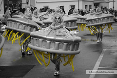 UFO's (Howdys) Tags: ck nikon d7100 fasnet fasching weiberfasnet fatthursday umzug parade karneval carnival kostüm makeup perücke alien extraterrestrische ufo deutschland oberschwaben upper swabia aulendorf