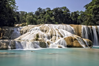 The magnificence of Aqua Azul waterfalls