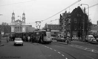 Lijn 9 op 't Waterlooplein