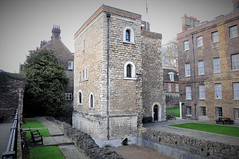 The Jewel Tower....Westminster. London, UK (standhisround) Tags: wall building buildings tower westminster london uk ancient 1365 architecture medieval thejeweltower oldwestminsterpalace stone bricks englishheritage england windows edwardiii wednesdaywalls