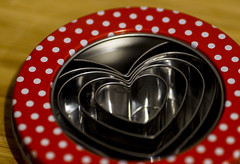 Heart-shaped cookie cutters (kamera_krischtl) Tags: flickrfriday cookies biscuits hearts myheartwillgoon