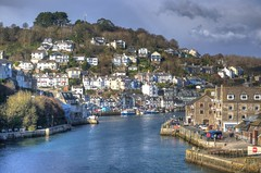 High tide at Looe, Cornwall (Baz Richardson (now away until 26 Oct)) Tags: cornwall looe looeriver smalltowns rivers yachts smallboats