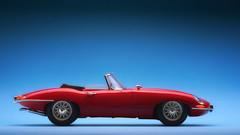 I am legend (t.schwarze) Tags: jaguar etype cabriolet convertible red rot rosso modellauto modelcar blau blue bleu rouge greatbritain grosbritannien