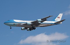 92-9000 - Air Force One (dcspotter) Tags: 929000 airforceone af1 planespotting spotting blendqatipi dcspotter airliner passengeraircraft aircraft airline airplane jet jetliner transport airtransport airtransportation transportation andrewsairforcebase andrewsafb andrewsjointbase usairforce usaf kadw adw campsprings maryland md usa unitedstates unitedstatesofamerica boeing 747 747200 747200b b742 742 vc25 c25 vc25a unitedstatesairforce airforce armedforces governmentaircraft vipaircraft militaryaircraft military militarytransport