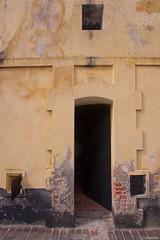 IMGP8982 Isolation cell (Claudio e Lucia Images around the world) Tags: phuhai prison jail frenchprison americanprison pentax vietnam americanwar vietnamwar frenchdomination strada pentaxk3ii sigma sigma1020 prisoner inmate soffitto albero edificio cielo