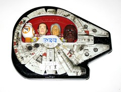 pez star wars millennium falcon collectable gift tin with 4 pez dispensors and candy the force awakens 2016 2017 a (tjparkside) Tags: pez star wars 2017 millennium falcon shaped shape collectable gift tin four 4 dispensers bb8 bb 8 astromech droid droids rey jakku scavenger smuggler han solo wookie warrior chewbacca bowcaster force awakens episode 7 vii seven tfa candy lolly lollies with dispensors 2016