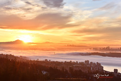 Vancouver Foggy Sunrise (Lijuan Guo Photography ( Hollow Bamboo)) Tags: vancouver winter fog foggy sunrise cypressmountain mountbaker fraservalley cloud cityscape