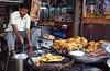 ... & Greasy (TablinumCarlson) Tags: india indien old delhi leica dlux 2 street streetphotography दिल्ली دلی ਦਿੱਲੀ पुरानी رانی دلّی shahjahanabad garküche asien asia olddelhi cookshop cooking streetcooking streetfood food hotandgreasy greasy man mann dilli