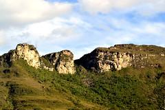 The Guardians 🇧🇷 (Luiz Augusto Dantas) Tags: montanha mounts verde green natureza guardian guardião na nature chapadadiamantina bahia brasil
