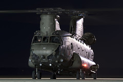 ZH893_ChinookHC4_RoyalAirForce_ODI_Img01 (Tony Osborne - Rotorfocus) Tags: boeing ch47 chinook royal air force joint helicopter command raf jhc odiham 2018 nightshoot