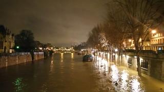 94 Paris en Février 2018 - inondation Quai de Montebello