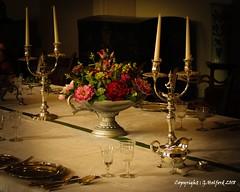 Dutch Masters (Holfo) Tags: berkeley berkeleycastle statelyhome dutchmatsers stilllife nikon d5300 antique old flowers bouquet