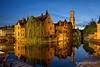 Brugge (Rolandito.) Tags: europe europa belgium belgie belgique belgien brügge brugge bruges blue hour blaue stunde dusk twilight nightfall night belfort canal canals kanal kanäle