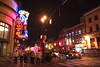 Broadway Street - Nashville (Tennessee) (Andrea Moscato) Tags: andreamoscato america statiuniti usa unitedstates us notte notturno night nightlife dark darkness street road strada boulevard avenue people persone city città downtown town luci ombre light shadow car automobili black yellow red insegna neon