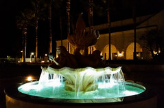 Hotel Fountain (uhhey) Tags: fountain night