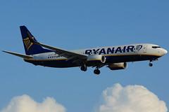 EI-FIT  737-8AS Ryanair  Barcelona-El Prat 02-10-2015 (Antonio Doblado) Tags: eifit boeing b737 737 ryanair barcelona elprat aviación aviation aircraft airplane airliner