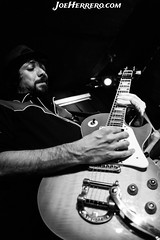 Hotel Valmont (Joe Herrero) Tags: aprobado rock roll concert concierto live music directo bolo gig guitar epiphone