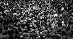 Tancament de Pinya  ( humantowers) (Alex Nebot) Tags: blackanwhite bn monocromo biancoenero catalonia catalunya cataluña tarragona tgn barcelona city citta ciudad ciutat nikon nikonista bestshot d7200 sigma castellers casteller somcastells somcultura nens vendrell tradicions tradicio tradiciones fiestas festes cultura