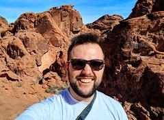 bear selfie (ekelly80) Tags: nevada lasvegas valleyoffirestatepark geology rocks redrocks drive february2018 roadtrip selfie sun