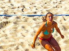 ... Voley ... (Lanpernas .) Tags: sport sportwoman playa plage voley voleyplaya mujer donna arena candid girl beach chica woman deporte babe bikini
