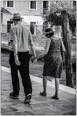 2-... ensemble ! (bertranddorel) Tags: venise noiretblaanc bnw bw bn blackandwhite biancoenero monochrome mono italie venice murano europe couple people town ville ciutad lagune personne homme femme woman man water eau walking marcher