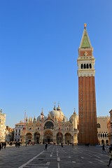 Piazza San Marco (YY) Tags: venice italy piazzasanmarco basilicadisanmarco church cathedral stmarkscampanile tower
