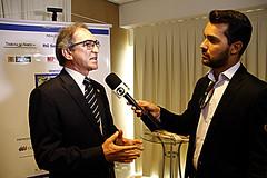 Presidente do Sistema Fecomércio RN, Marcelo Queiroz, entrevistado pela imprensa