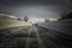 Grøndalen (Askjell) Tags: grøndalen instetjønna mountain møreogromsdal norway road scenery snow sunnmøre volda winter landscape