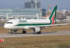Airbus A320 -214 ALITALIA EI-IKG 1480 Francfort février 2016 (Thibaud.S.) Tags: airbus a320 214 alitalia eiikg 1480 francfort février 2016