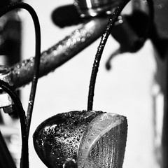 ... Bike ... Rain ... Grey... (Callewaertkim) Tags: bike rainy healthy drops closeup black white grey riding city winter nikond7200 nikon details