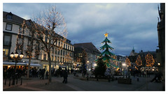 Noel à Colmar (abac077) Tags: colmar alsace 68 hautrhin place ville city lumière people nuit night