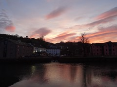 Day's end on The Dart (Phil Gayton) Tags: sky cloud dusk sunset evening water reflection steampacket inn river dart totnes devon uk