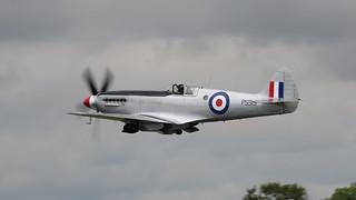 Spitfire - PS915 - Mk PRXIX
