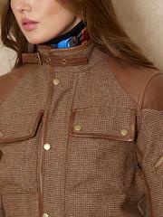 Ralph Lauren n°924 - Detail (Blouse et Foulard 2) Tags: foulard ralph lauren silk scarf leather boots
