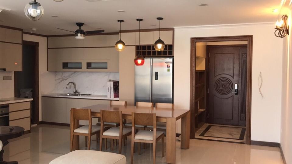 Cần cho thuê căn hộ 36 Hoàng Cầu D'le Pont D'or dt 113m2, 2 ngủ đồ cơ bản giá thỏa thuận 0982100832