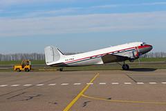 PH-PBA Douglas DC-3C-S1C3G C/N 19434 at Lelystad Airport in its new livery. (janencherry) Tags: prinsesamalia dda ddaclassicairlines dakota phpba