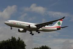 OD-MED (FabioZ2) Tags: londra atterraggio airbus a330243 mea cn926
