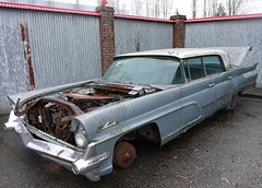 1959 Lincoln Continental Mark IV (D70) Tags: wasneys ford wrecker lincoln outside scrap yard sony dscrx100m5 ƒ28 93mm 130 125 burnaby bc canada