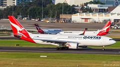 Qantas A330 (Green 14 Pictures) Tags: aviation avgeek avporn airport aircraft airplane air airlines airfield airline airways yssy sydney syd sydneyairport australia qantas qf qfa airbus a330 a330200 airbusa330 vheba