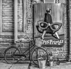 Street bicycle (Marion McM) Tags: blackandwhite streetphotography bicycle poster bucket gritty urban hdr dundee angus canoneos760d