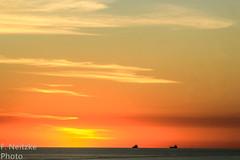7 Sunset (fneitzke) Tags: portfolio canont5eos1200d canon canont5 january janvrier janeiro summer été verão américadosul americadelsur ameriquelatine latinoamérica latinamerica américalatina oceano ocean mar sea mer oceanoatlântico atlantic atlanticocean sunset pôrdosol coucherdusoleil puestadesol nature natureza naturaleza contrast contraste seascape