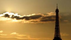 Tour Eiffel - Eiffel Tower, Paris (blafond) Tags: toureiffel eiffeltower monument paris france iledefrance