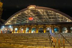 Lime Street Station (Tony Shertila) Tags: centralward england gbr liverpool unitedkingdom geo:lat=5340755564 geo:lon=297985911 geotagged europe britain merseyside limestreet limestreetstation britishrail arch outdoor night steps