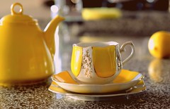 Hello Mello Lello (flowrwolf) Tags: smileonsaturday sunnyyellow yellow yellowteapot yellowcupandsaucers lemons inmykitchen cupofteatime afternoontea yellowjapanesechina macro makro macrophotography macrophotograph macrophoto macrolens fujifilmxt20 xf60mmf24rmacro crockery vivid brightcolour bright japanesechina fruit yellowfruit stilllife cup vessel container containers tabletopphotography creativetabletopphotography indoor indoors inside 1171182018containers 118picturesin2018 118in2018 containersfor118in2018 flowrwolf