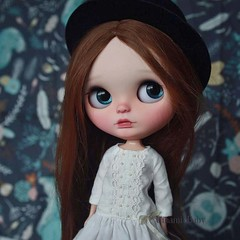 Fionn (umami_baby) Tags: artdoll blythe beatnik customblythe customizeddoll collectible doll dollhouse etsy fashiondoll freckles faceup ooak ooakblythe ooakdoll umamibaby henriettashomeparty redhead