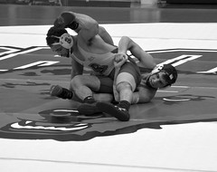 BRO-STA 165 2018-01-13 DSC_8346 bw (bix02138) Tags: brownuniversity brownbears stanforduniversity stanfordcardinal pizzitolasportscenter pizzitolasportscenterbrownuniversity providenceri january13 2018 wrestling sports intercollegiateathletics athletes jocks ©2018lewisbrianday 165pounds 165 jonviruet jaredhill